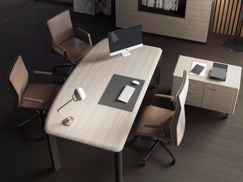 Iulio scrivania direzionale by las mobili for Scrivania direzionale prezzi