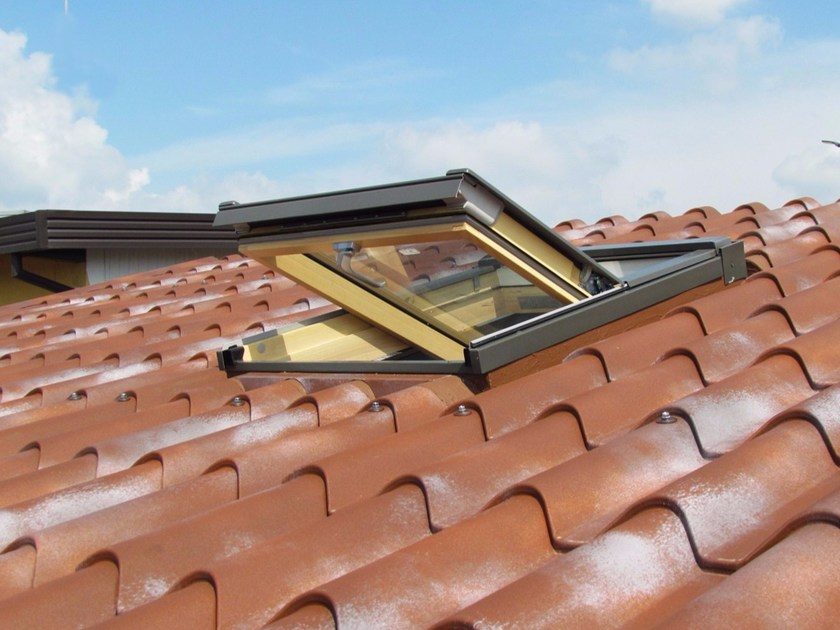 Roof window with thermal insulation panel IsoSky by FAKRO