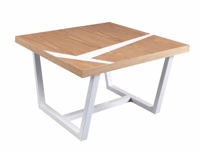 Square walnut coffee table JEANNE - AZEA