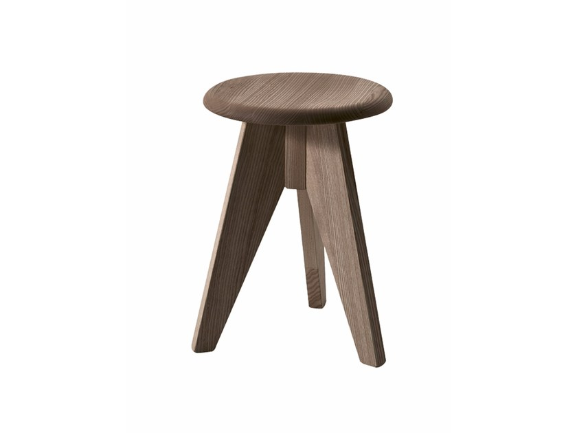 Low wooden stool JERRY by Colico