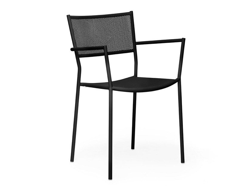 Stackable armchair with painted steel frame and mesh JIG MESH | Chair with armrests by Massproductions