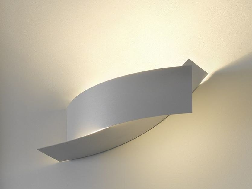 Metal wall light KIASMA by FontanaArte