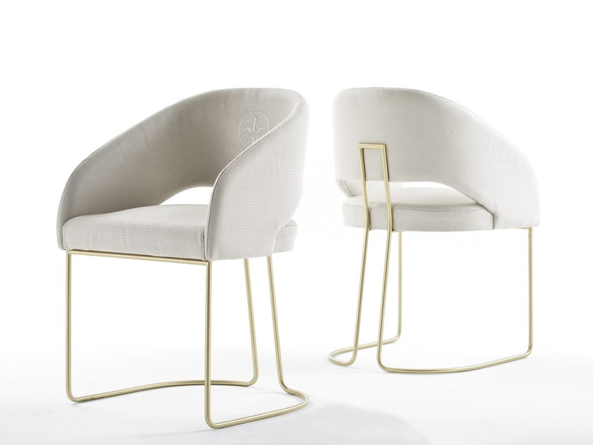 Fabric chair with armrests KLASS | Chair by Muebles Canella