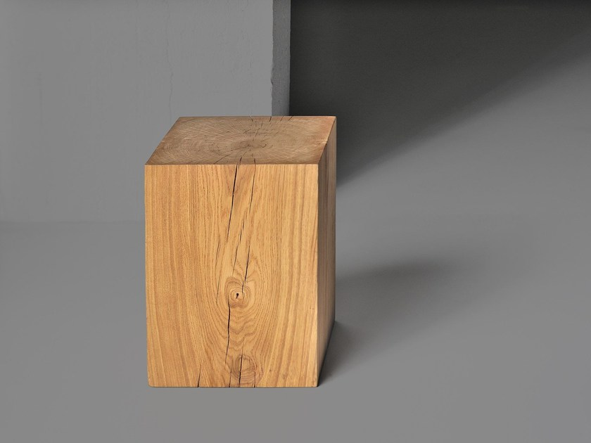 Solid wood stool KLOTZ - vitamin design