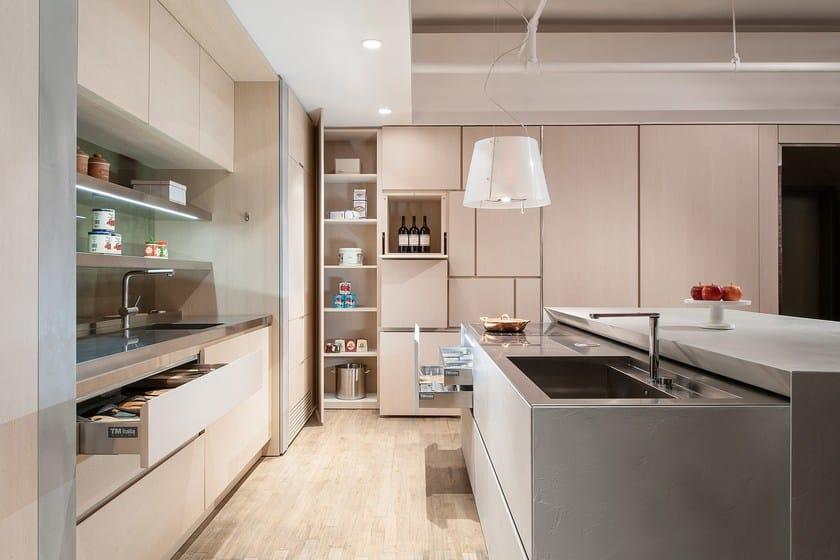 Cucina con isola in ecomalta cemento Cucina senza maniglie - TM Italia ...