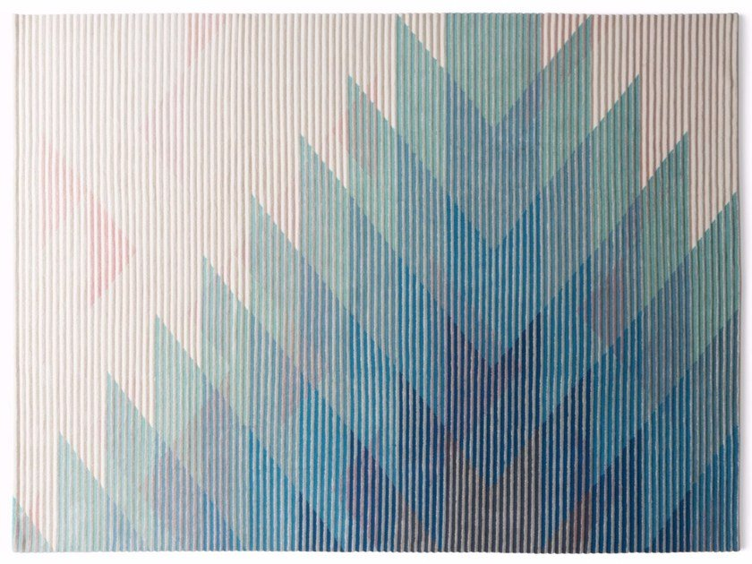 Handmade rug with optical pattern LAKE BLUE by Golran