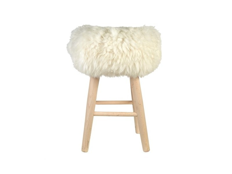Upholstered Sheepskin pouf LAMBSKIN - Pols Potten