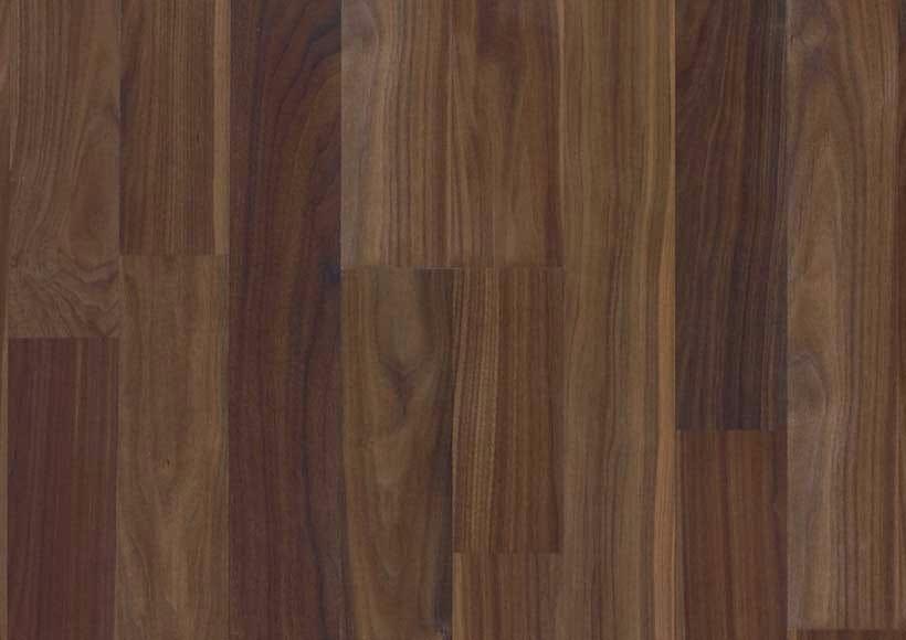 Pavimento in laminato effetto legno oblige 32 virag for Rivenditori velux torino