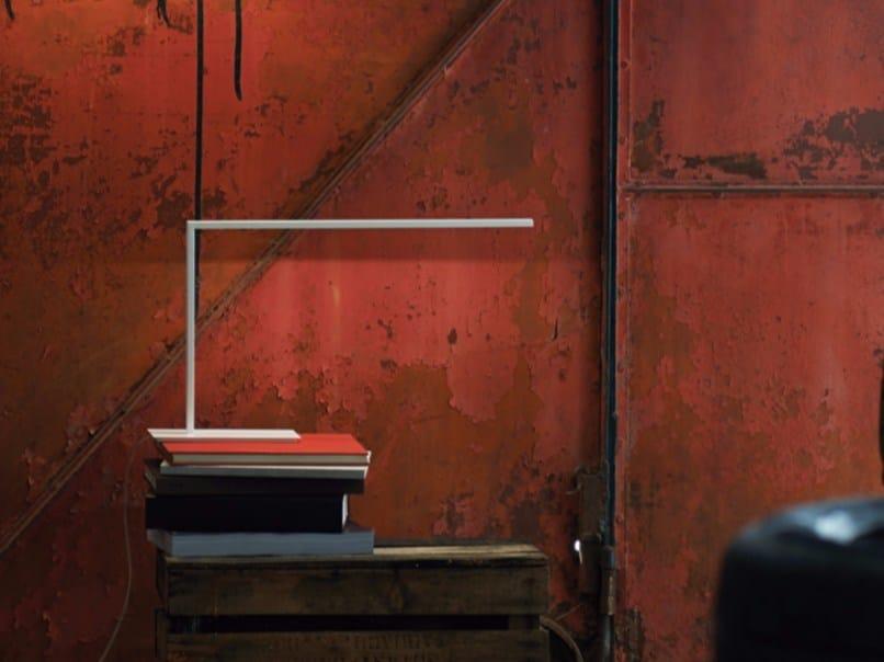 Lampada da tavolo a LED in alluminio termolaccato con braccio fisso LAMP S | Lampada da tavolo - Exporlux