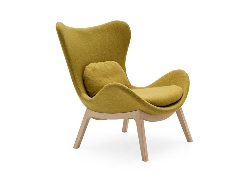 Fabric wingchair LAZY | Fabric armchair - Calligaris