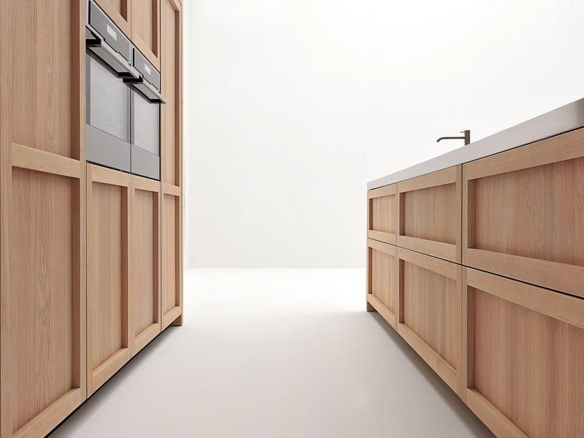 Cucina in rovere con isola legno vivo gd arredamenti for Arredamenti legno