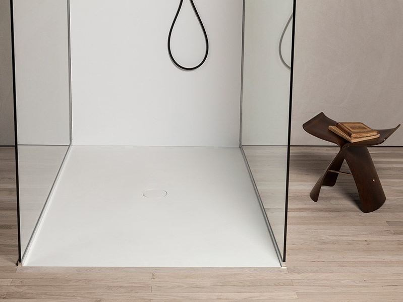 Makril shower tray LESS by MAKRO