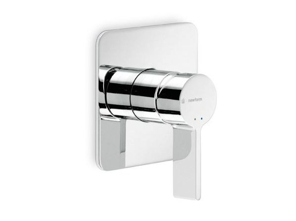 Single handle shower mixer LIBERA | Single handle shower mixer - NEWFORM