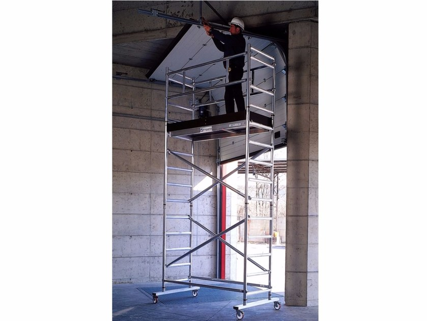Mobile scaffolding for construction site LIMIT - Frigerio Carpenterie