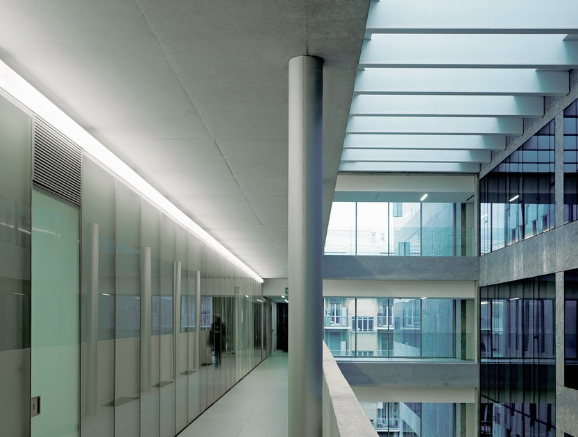 Fluorescent wall lamp LINEA 2 - FontanaArte