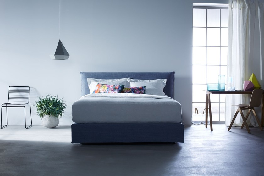 Double bed with upholstered headboard LOFT - Schramm Werkstätten