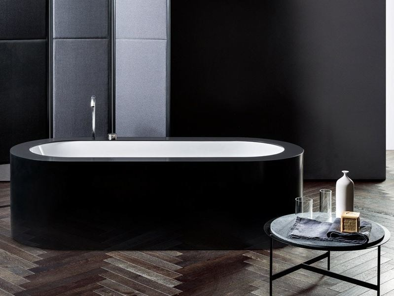 Clad undermount bathtub LOOK by MAKRO