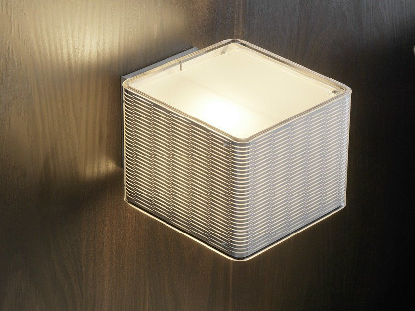 Methacrylate wall light LOUNGE - FontanaArte