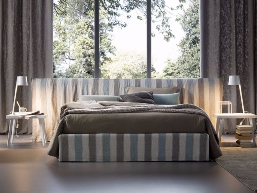 Linen bed with removable cover LUCREZIA LARGE by Chaarme