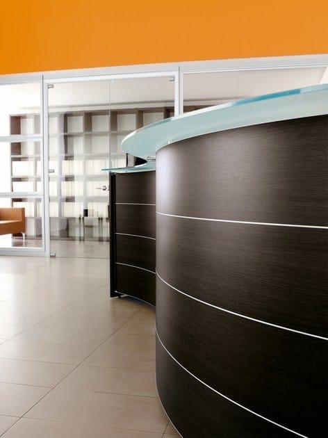 Banque d 39 accueil de bureau luna by sinetica - Bureau banque d accueil ...