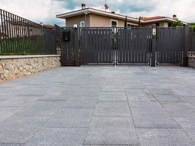 Vehicular concrete outdoor floor tiles MACRO DRAIN by FERRARI BK