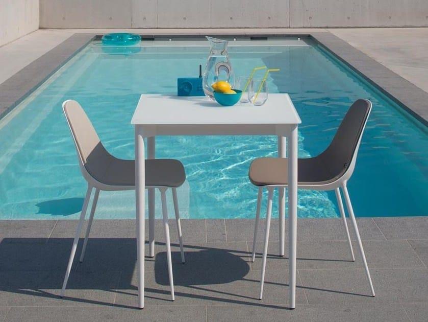 Square glass and aluminium garden table MARGUERITE BISTRO by Joli