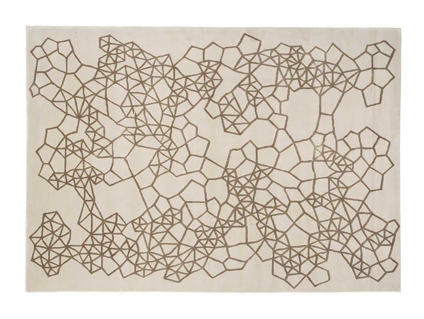 Patterned handmade wool rug MATERIA by GAN