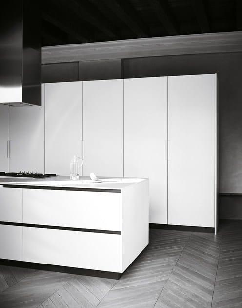 cucina componibile con isola in gres bocciardato maxima 2 2 composizione 1 cesar arredamenti. Black Bedroom Furniture Sets. Home Design Ideas