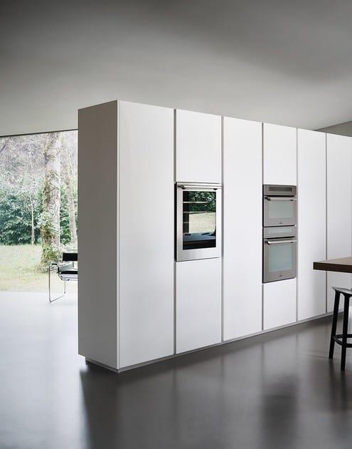 Cucina componibile in vetro acidato e rovere con isola maxima 2.2 ...