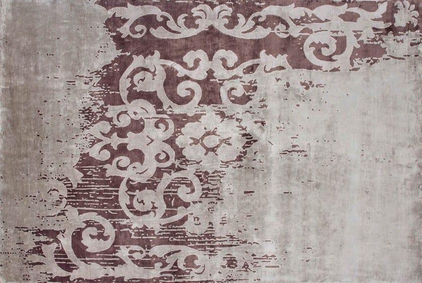 Handmade rectangular rug MAZARIN ARTY PLUM - EDITION BOUGAINVILLE