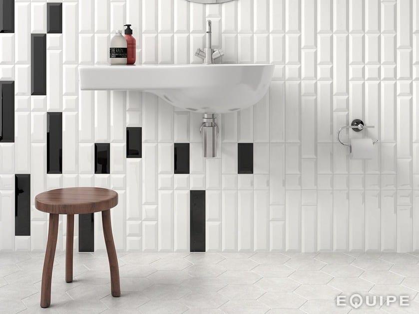 Metro White 7,5x30 / 7,5x15 / 7,5x7,5. Metro Black 7,5x30 / 7,5x15.