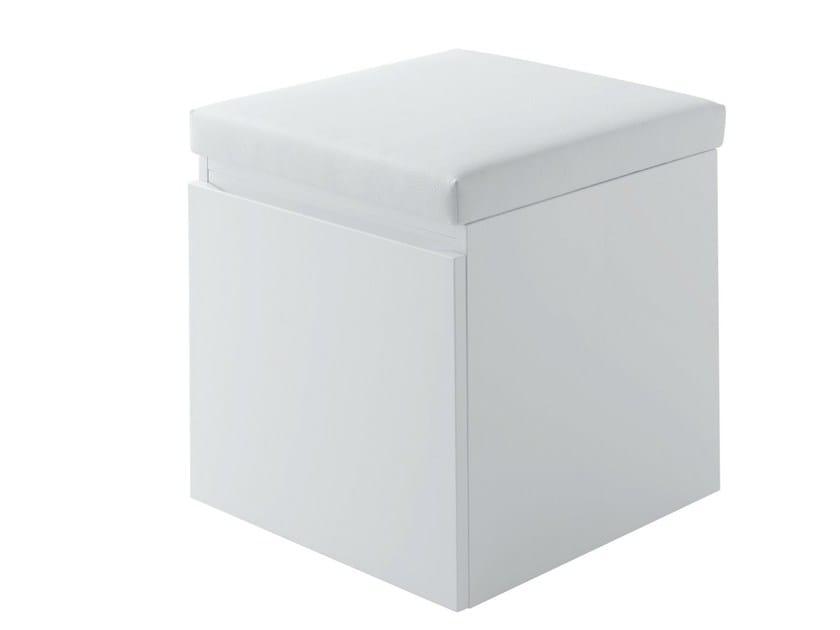 Sgabello per bagno in quercia mh sgabello per bagno in quercia toto - Sgabelli in plastica per bagno ...