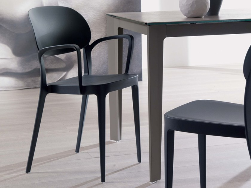 Stackable technopolymer chair with armrests MIA | Chair with armrests - Ozzio Italia
