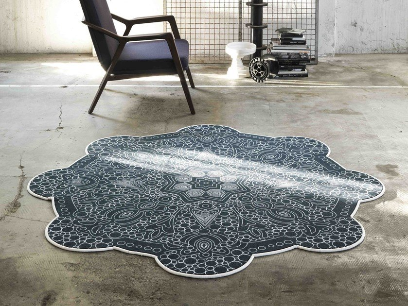 Custom rug with geometric shapes MIRAGE by Besana Moquette