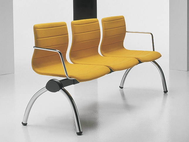 Freestanding beam seating with armrests MISS | Beam seating by D.M.
