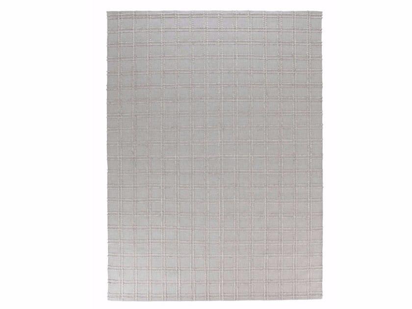 Solid-color wool rug MNU 55 by miinu