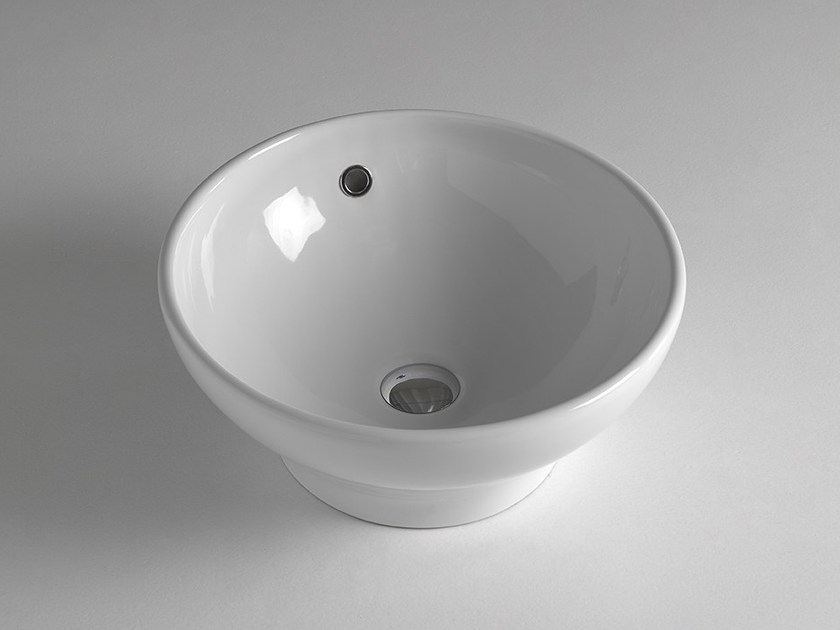 Lavabo da appoggio rotondo in stile moderno MODERN SANITARY WARE | Lavabo rotondo - BLEU PROVENCE