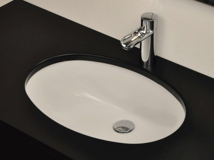 Contemporary style oval undermount washbasin MODERN SANITARY WARE | Undermount washbasin - BLEU PROVENCE