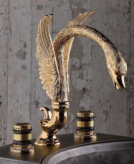 Miscelatore per lavabo a 3 fori color oro in metallo in stile classico con cristalli Swarovski® MONTE CARLO | Miscelatore per lavabo con cristalli Swarovski® by INTERCONTACT