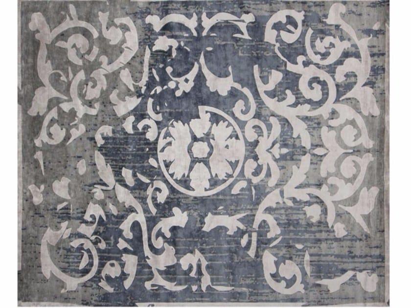 Handmade rectangular rug MONTESPAN VINTAGE ARTY GREY by EDITION BOUGAINVILLE