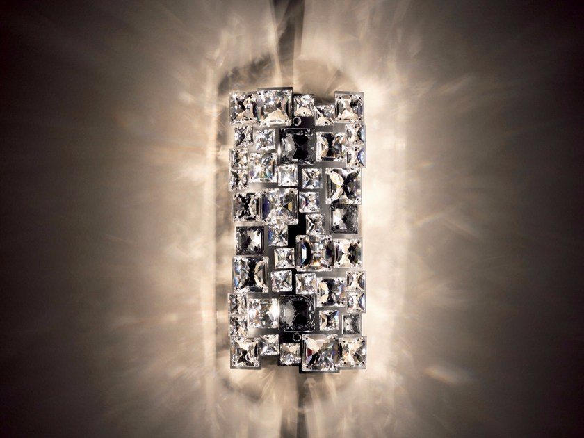 Halogen wall light with Swarovski® crystals MOSAIX | Wall light - Swarovski International Distribution