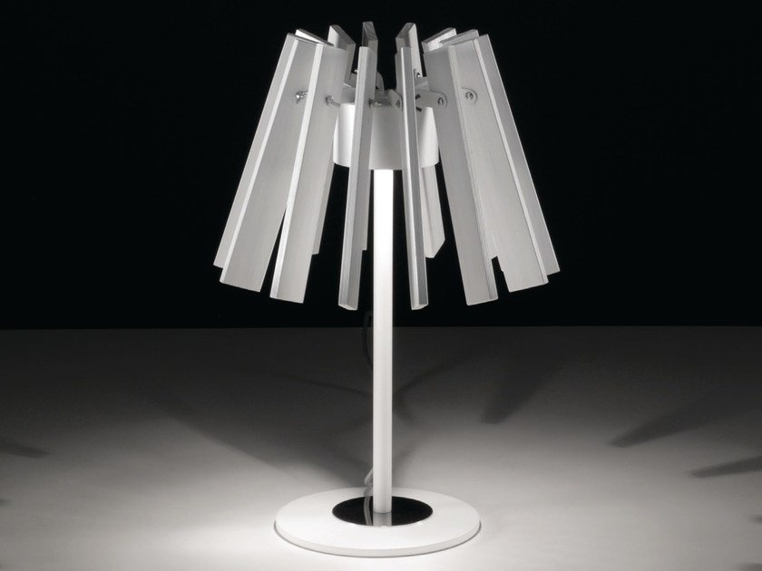 Table lamp MOVES | Table lamp by NOIDESIGN
