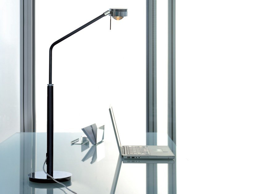 LED table lamp MOVIE | Table lamp by LICHT IM RAUM