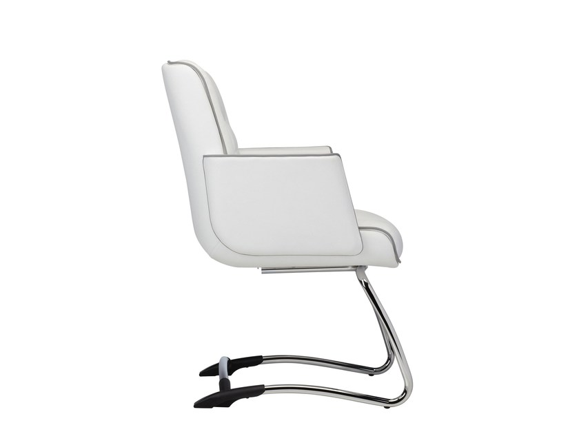 Sled base reception chair with armrests MR. BIG | Sled base chair - Luxy