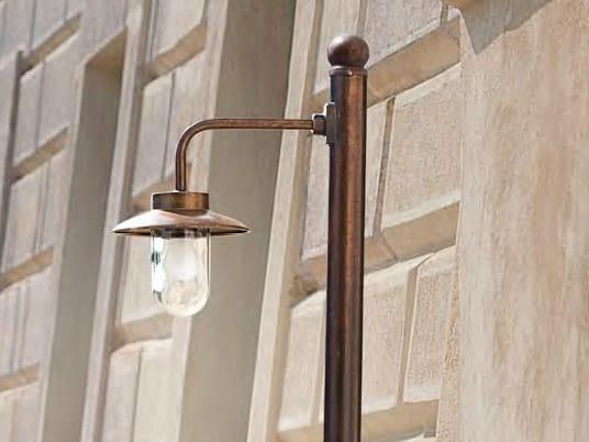 Metal garden lamp post NABUCCO | Garden lamp post by Aldo Bernardi