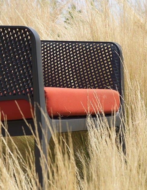 Silla apilable con brazos NET RELAX by Nardi diseño Raffaello Galiotto