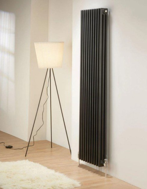 Vertical wall-mounted radiator NEW LINE | Wall-mounted radiator - DELTACALOR