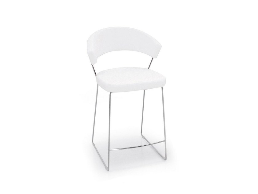 Sled base counter stool with footrest NEW YORK | Counter stool - Calligaris