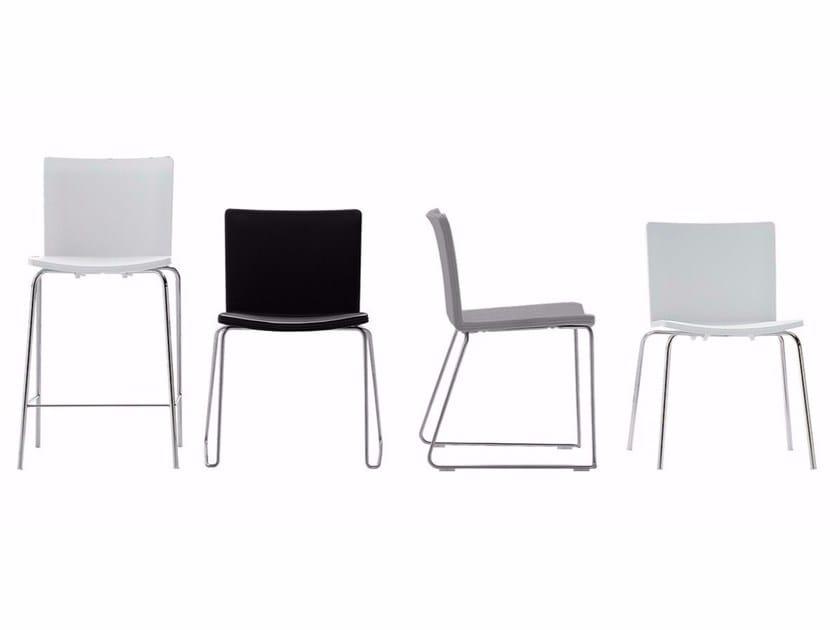 Sedia alta in plastica nex sedia alta poliform for Poliform sedie