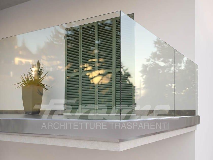 Parapetto in vetro per finestre e balconi ninfa 180 faraone - Altezza parapetti finestre normativa ...